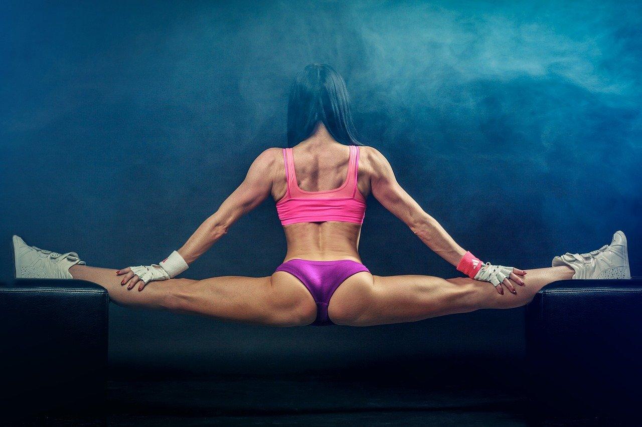Suplementy sa kluczem do budowania tych ogromnych mięśni