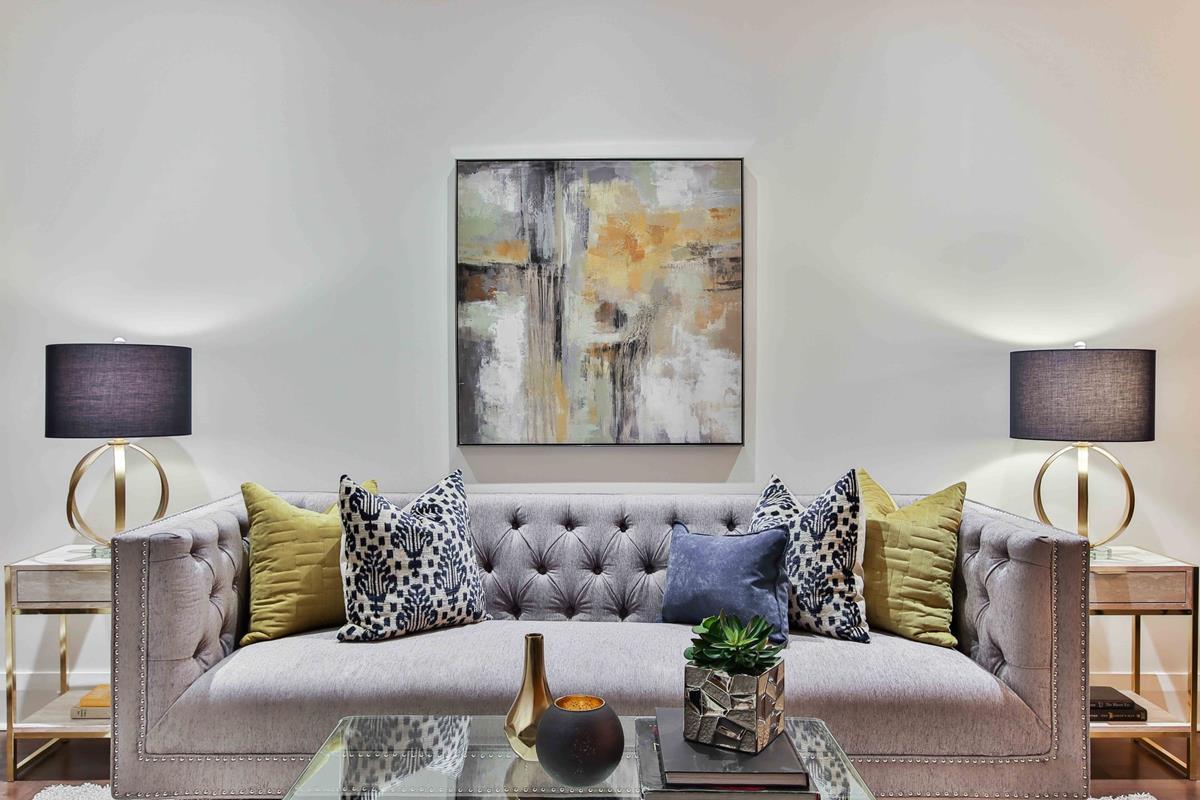 Wprowadź odważne kolory tapicerowanych mebli do wnętrza