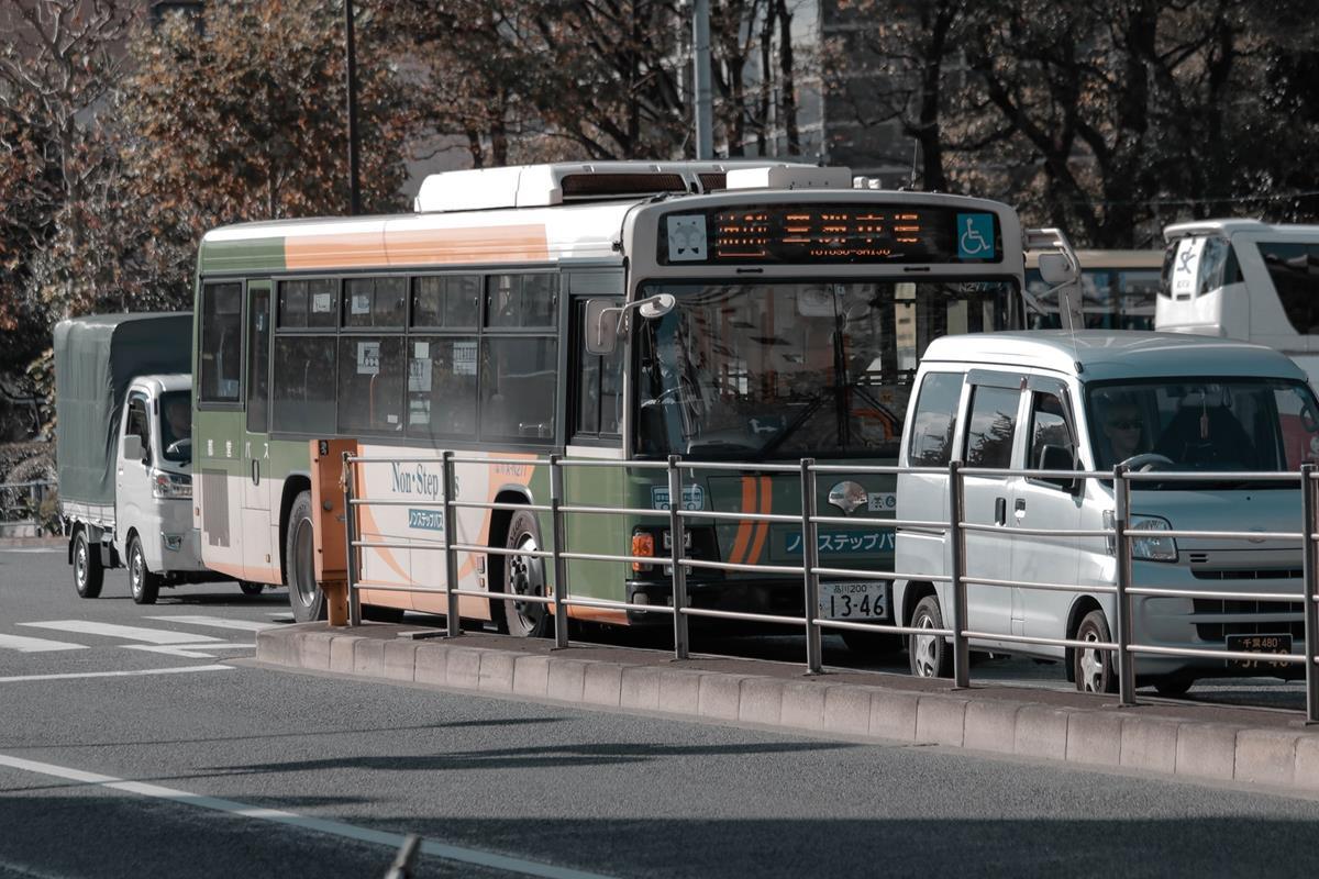Podróżując w większej grupie możemy wynająć busa