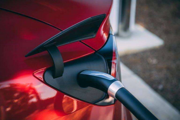 Korzystanie z samochodów elektrycznych