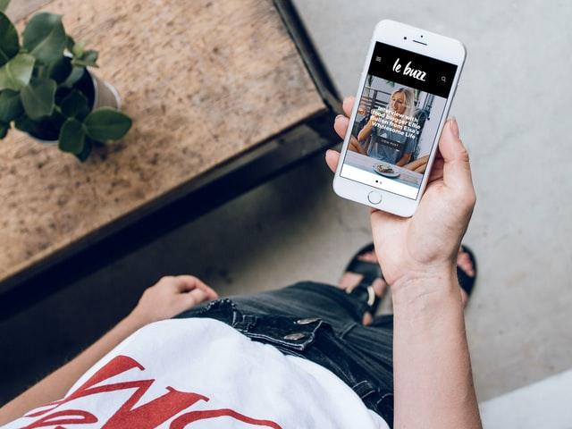 Puchnąca bateria w iPhone – co robić?