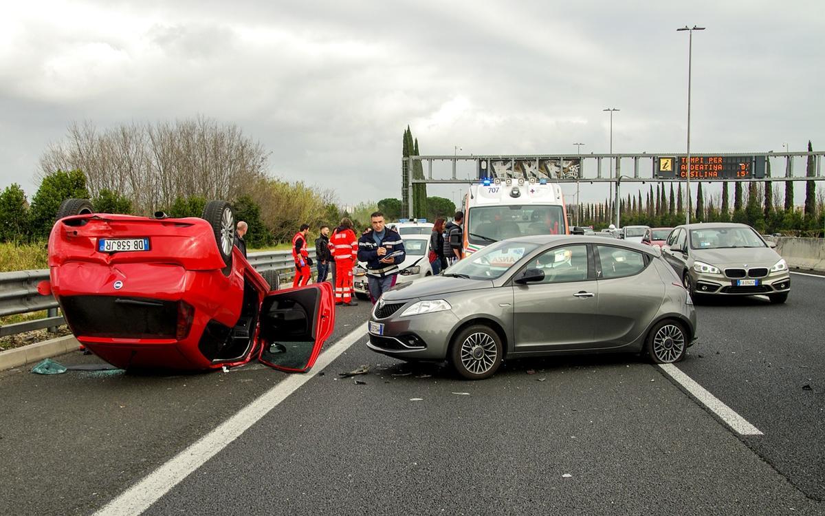 Gzie kupić używany uszkodzony samochód?