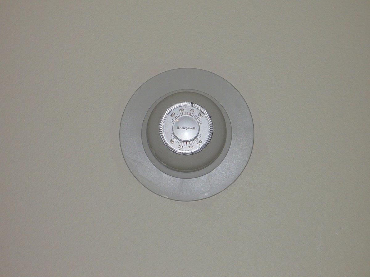 Najlepsze termostaty do ogrzewania podłogowego