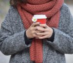 Swetry i kardigany można nosić o każdej porze roku