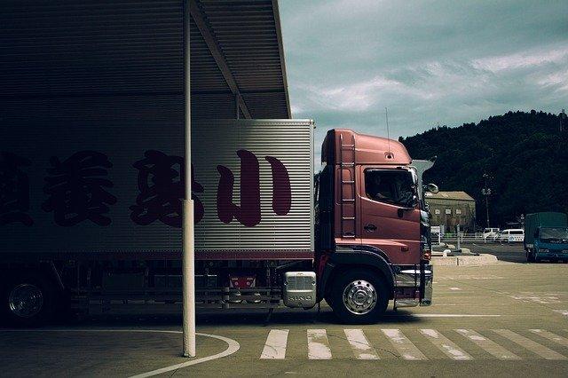 Zamierzasz założyć własną firmę transportową?